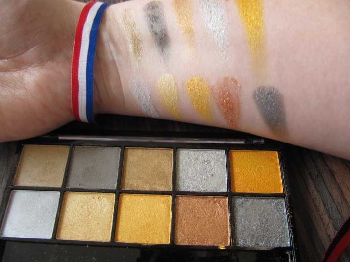 Swatches Holland Going for Gold