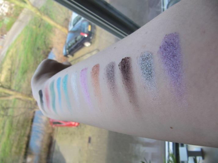 swatches MUA Glitterball Eyeshadow palette