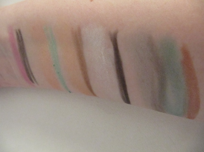 swatches action make-up
