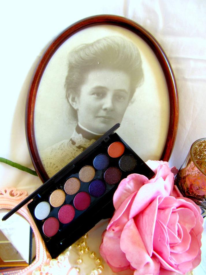 vintage Romance sleek 5