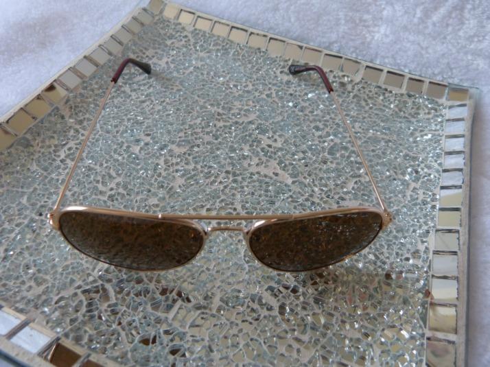 action budget zonnebrillen