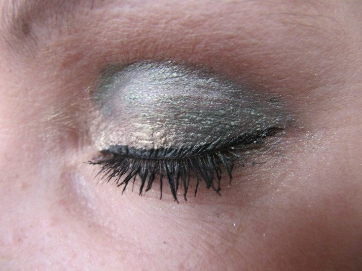 elf jumbo eyepencil look