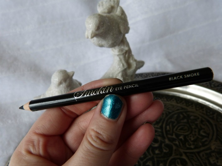 MUA Smokin'eye pencil