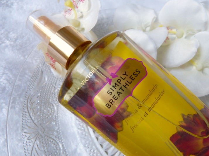 Fragrance Mist victoria's secret freesia en Mandarin