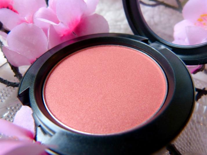 Blush Peachy Keen Shimmer tone blush review MAC
