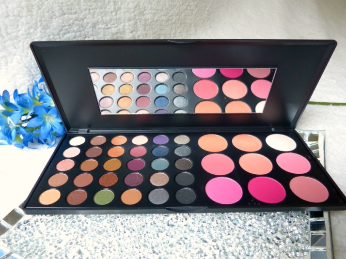 Special occasion Palette Bh cosmetics