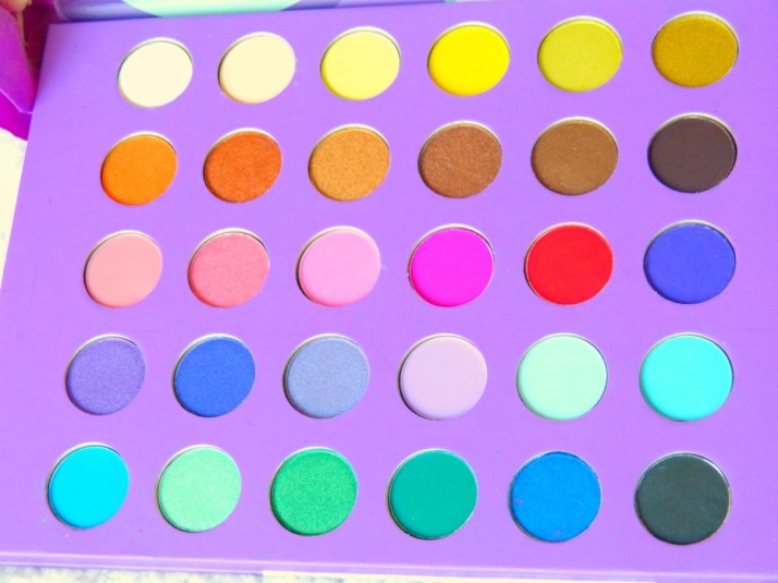 Bh cosmetics eyes on the 60s palette...