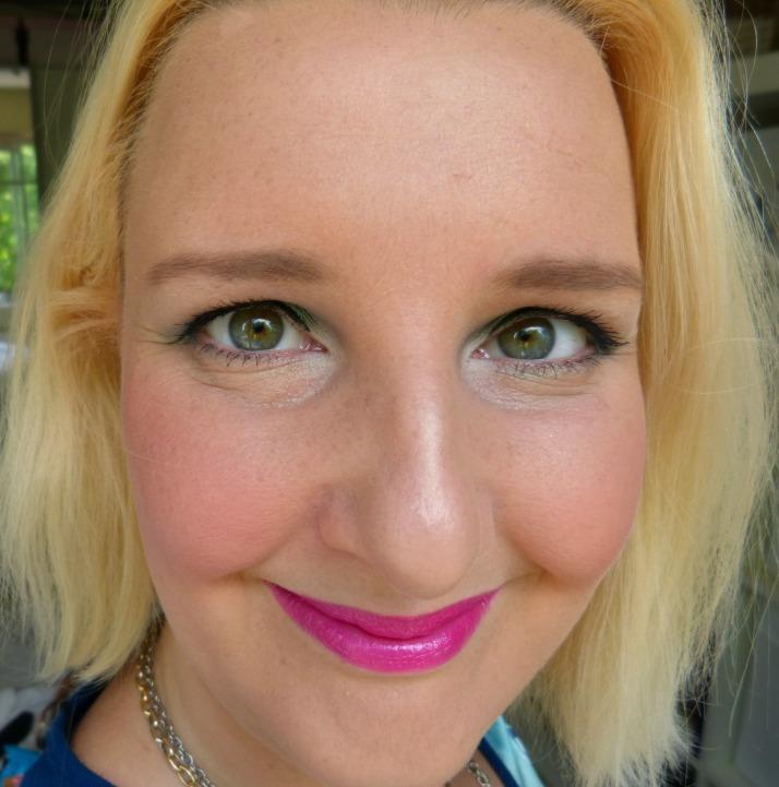 look met pinker bell lippenstift catrice