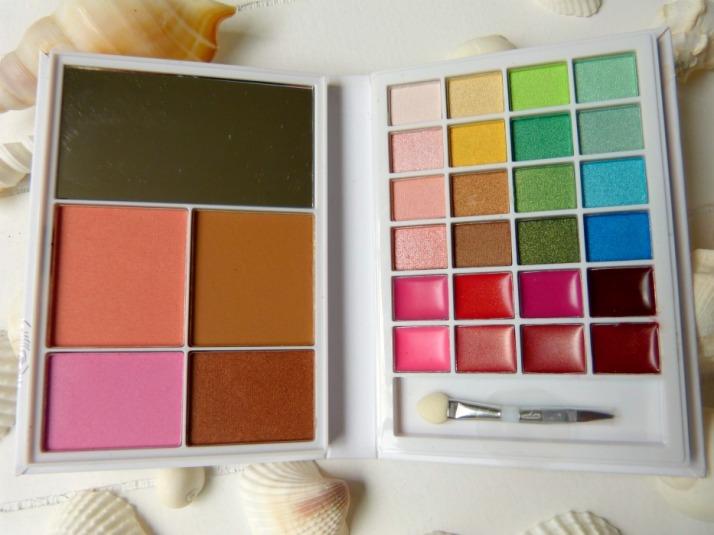 palette van eyes lips face beach beauty book elf