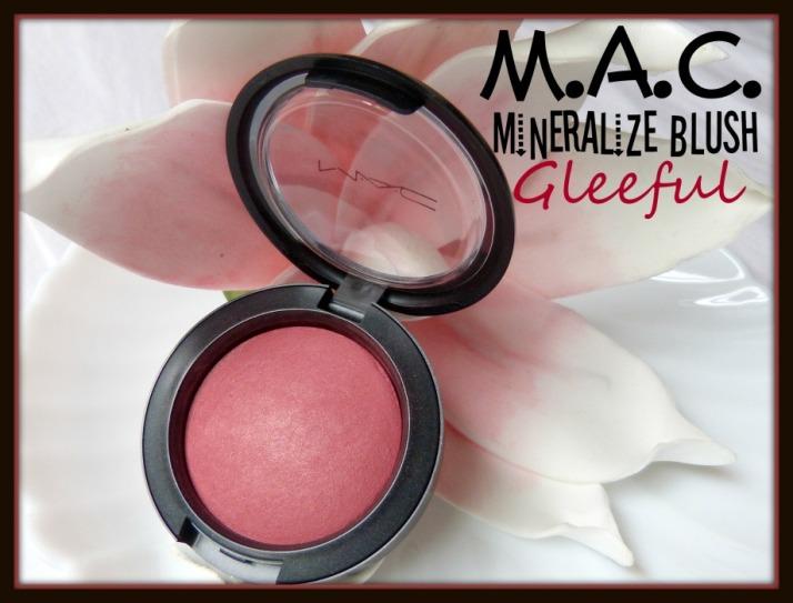 MAC Mineralize blush gleeful