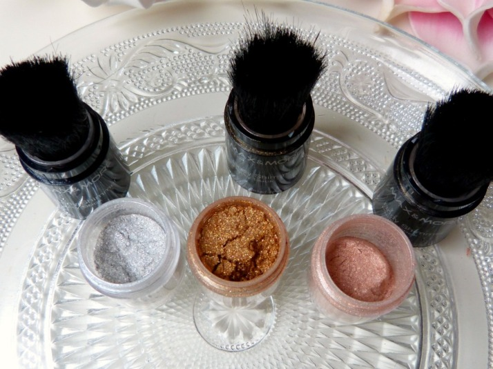 Max & More body shimmer
