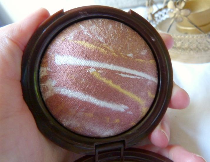 Metallic Sunkissed Bronze blush van Primark