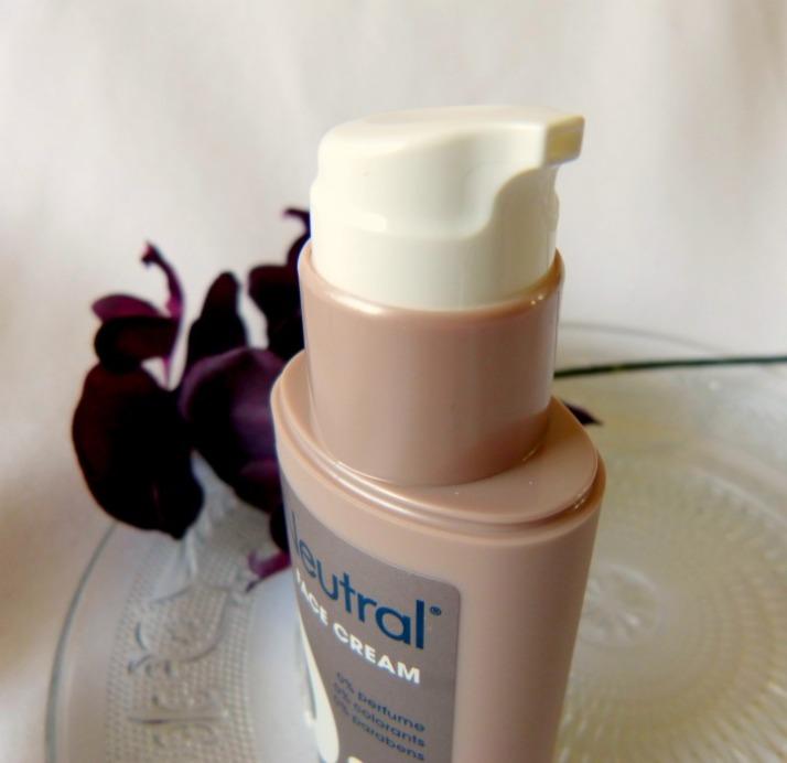 pomp flacon van Neutral gezichtscrème