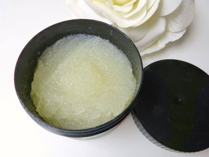 Sugar scrub Natural bodycare Rainpharma