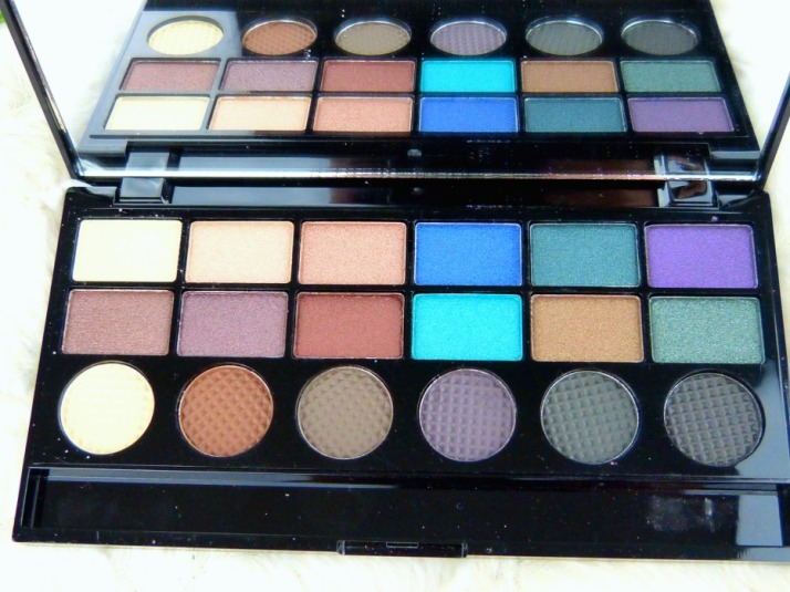 welcome to pleasuredome makeup revolution  18 colour eyeshadow palette