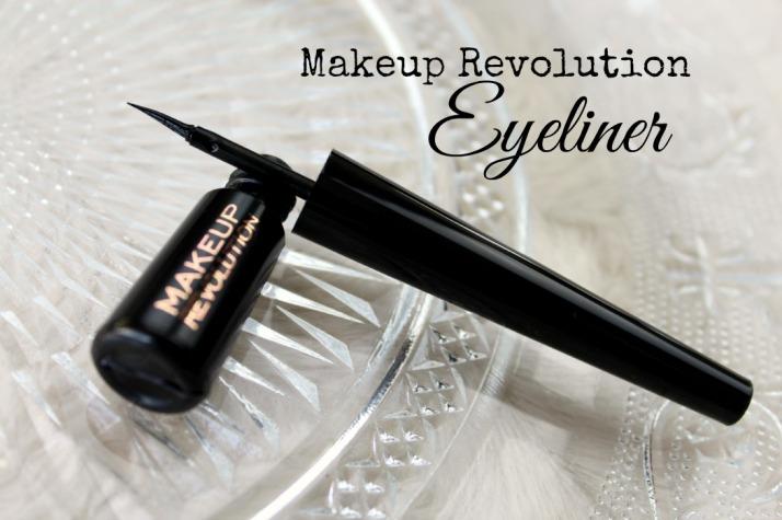Makeup revolution Liquid eyeliner black