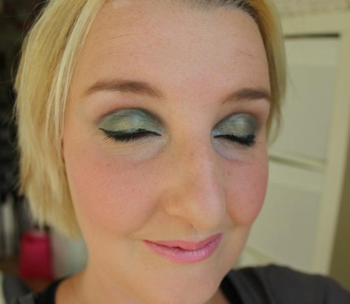 Makeup revolution Lock & Load Palette Look