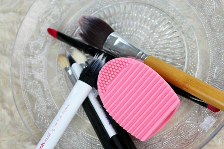 schone kwasten door brushegg boozyshop
