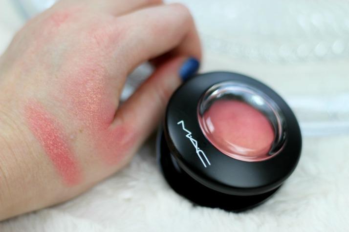 Swatches MAC Mineralize Blush Petal Power