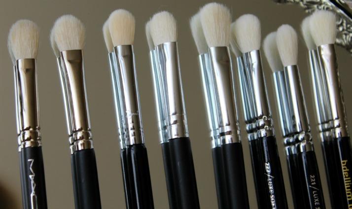 MAC Brush 217 Dupes