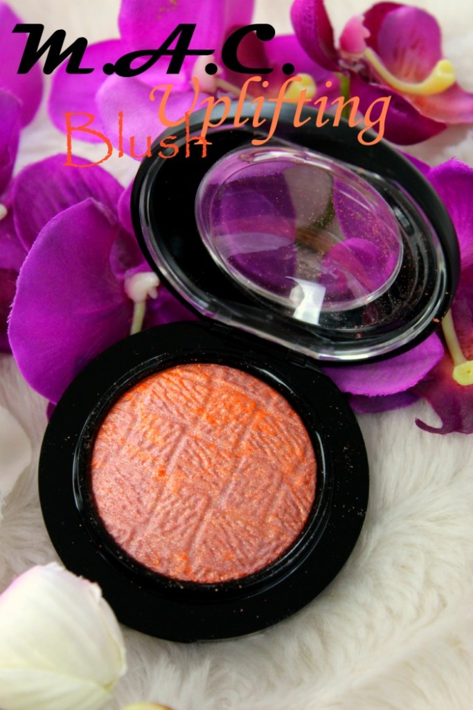 MAC Uplifting Blush