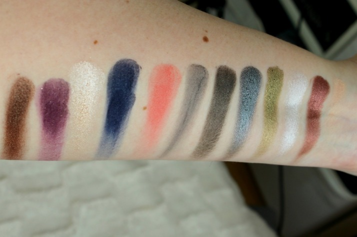 Swatches showstoppers palette Sleek